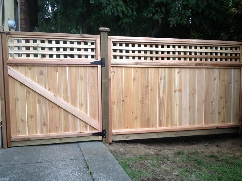 Custom Cedar Gates Big Red Cedar