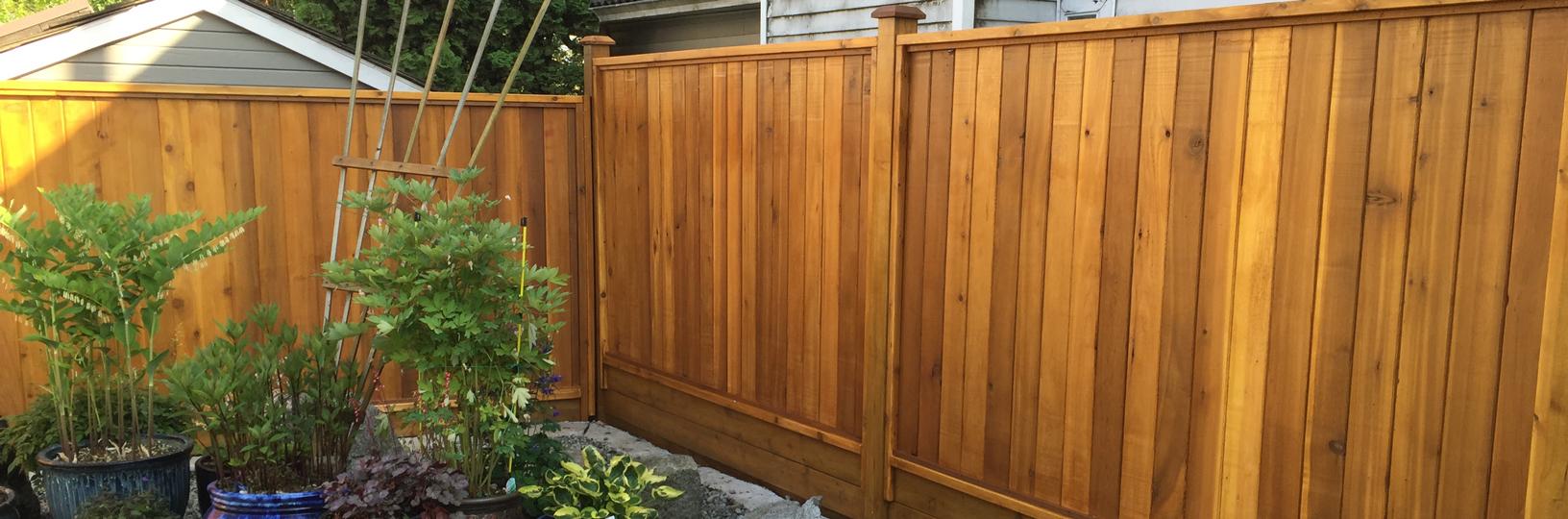 Solid cedar fence panels big red cedar baanklon Gallery